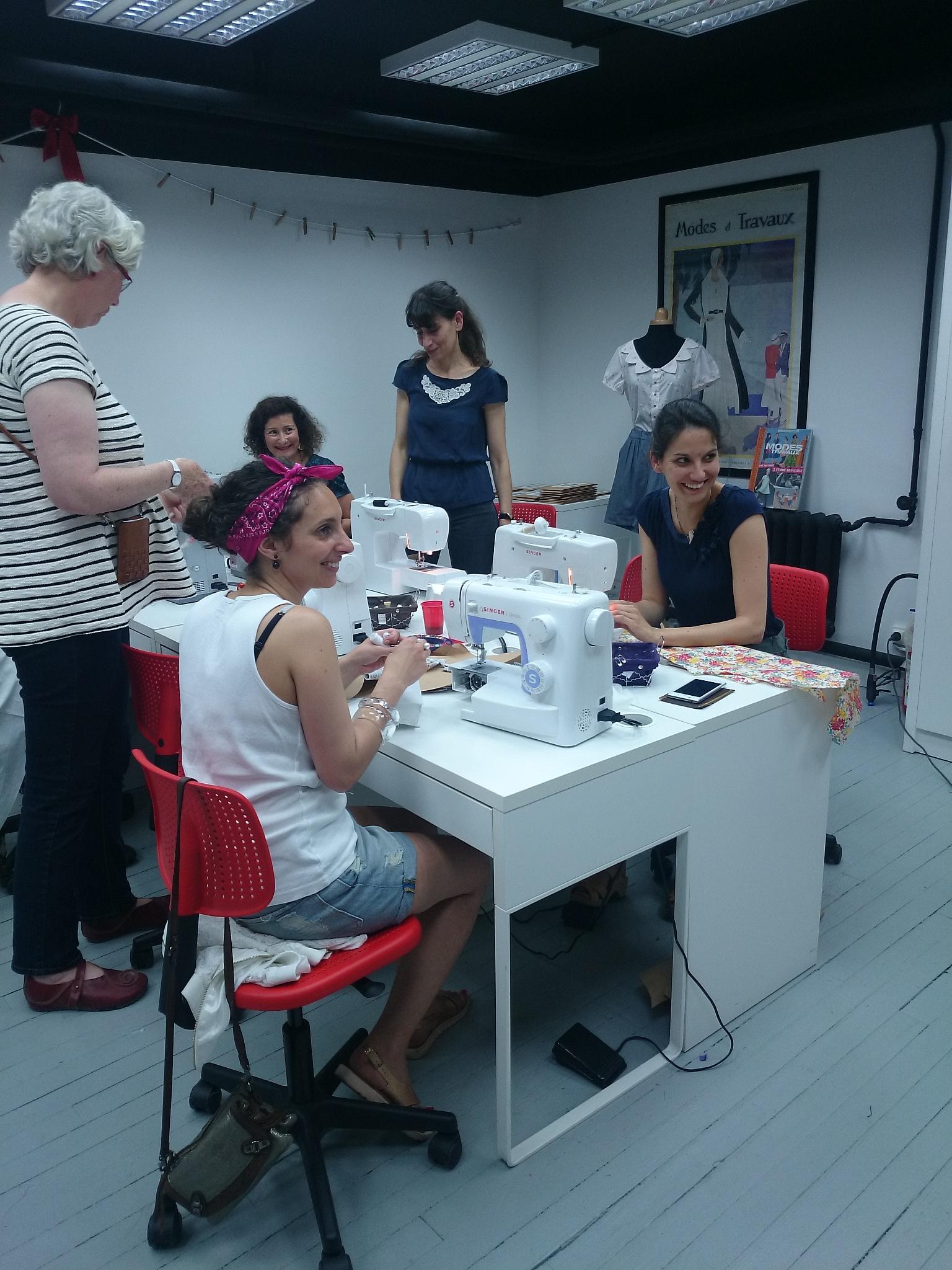 Soirée blogueuses «très couture» à l'Atelier des Coupons de Saint Pierre